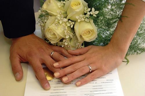 Брачный контракт (договор), подписанный супругами