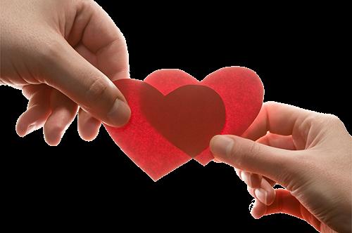 2 красных сердца из бумаги