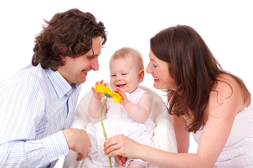 Семейная пара с ребеном